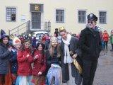 Prinzessin, Polizei und viele Masken