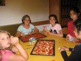 Pizza selber belegen