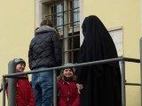 Franzi gratuliert Mutter Franziska